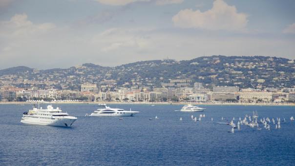 investir dans l'immobilier de luxe sur la Côte d'Azur